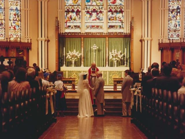 Douglas Reeman weds Kimberley Jordan on 5 October 1985, in St. James's Cathedral, Toronto.